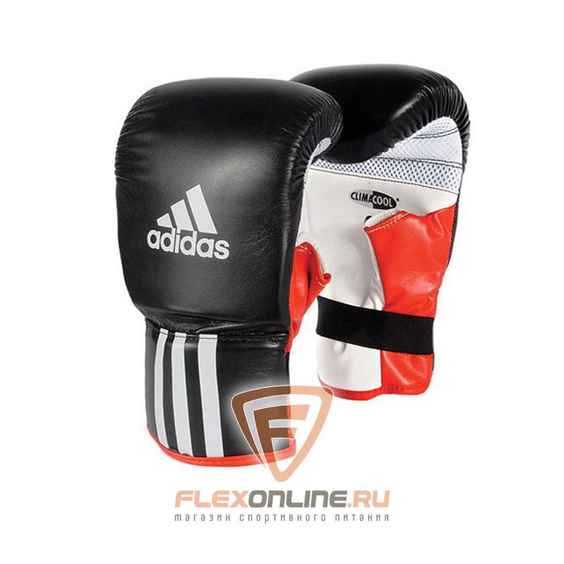 Cнарядные перчатки Перчатки боксерские Response чёрно-белые от Adidas