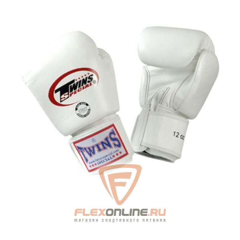 Боксерские перчатки Перчатки боксерские тренировочные 8 унций белые от Twins
