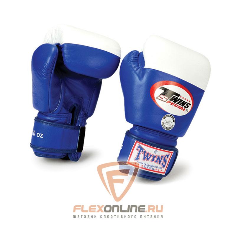 Боксерские перчатки Перчатки боксерские соревновательные 14 унций синие от Twins