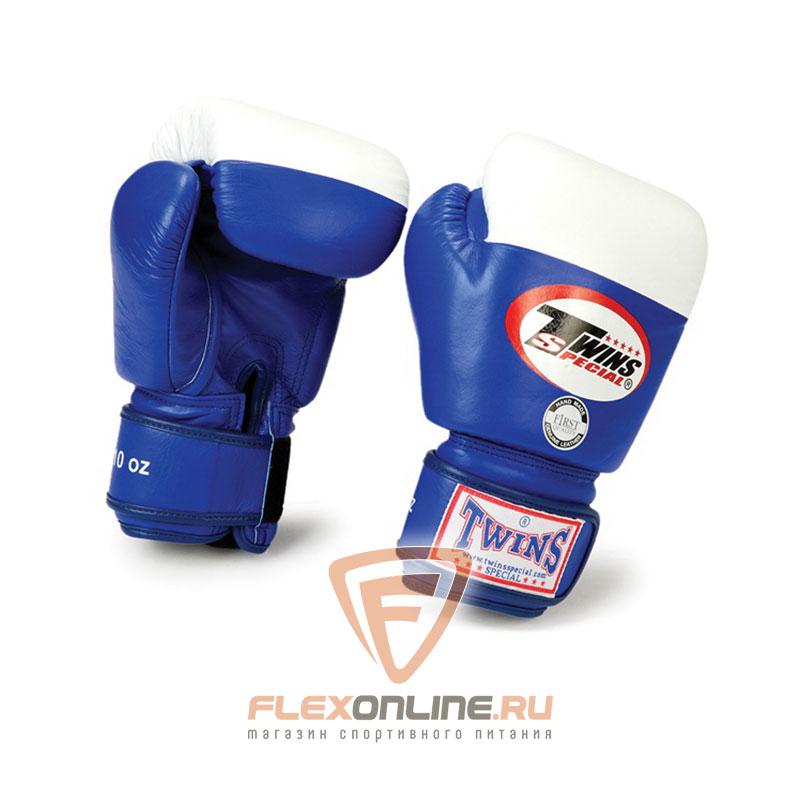Боксерские перчатки Перчатки боксерские соревновательные  16 унций синие от Twins